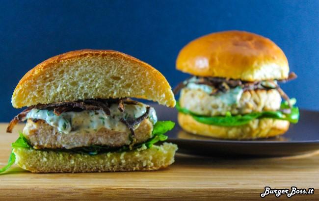 Paul Eyes Burger con pesce spada e maionese al salmoriglio