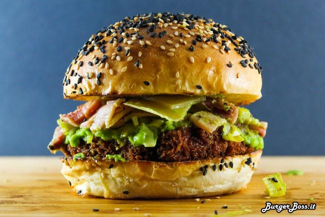 Peas and Love Burger, hamburger di pollo con pancetta e crema di piselli