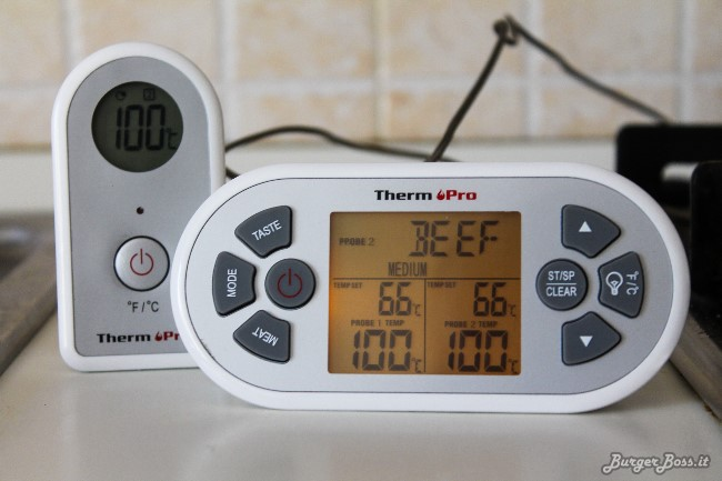 ThermoPro TP-22, termometro wireless con doppia sonda per barbecue e forno