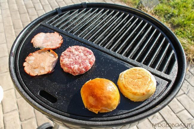 Porky's Burger, hamburger di maiale con mortadella affumicata 2