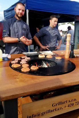 Burgerfest di Praga, l'evento europeo per gli amanti degli hamburger 6