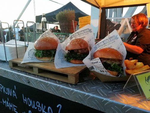 Burgerfest di Praga, l'evento europeo per gli amanti degli hamburger 4