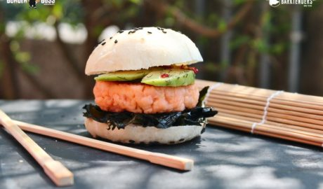 Sushi Slider, mini hamburger di salmone